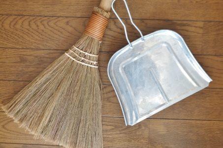 ほうきの種類でおすすめはコレ!フローリングや畳など用途で使い分けよう!