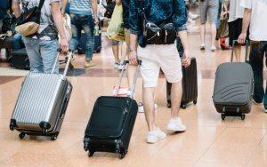 スーツケース 色 選び方
