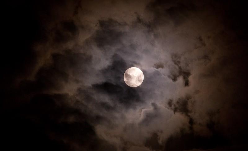 満月から新月 過ごし方