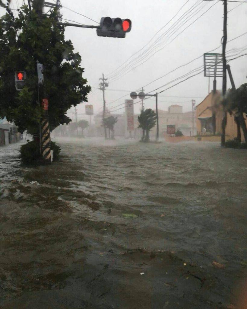 泡瀬(沖縄市 )の被害状況まとめ【台風24号】冠水や浸水、停電の復旧はいつ?