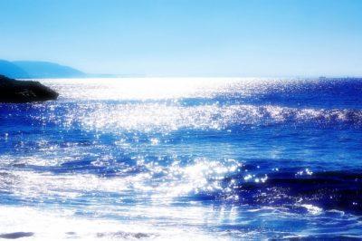 海の色 青 緑