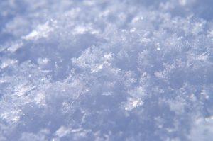 雪の結晶 なぜ 六角形 温度